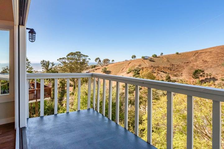 375 Mariposa Drive-025-7-Balcony-MLS_Siz
