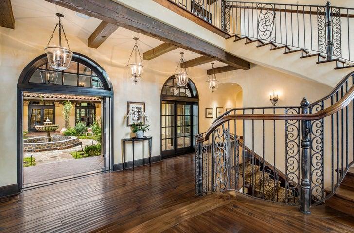 Latigo Estate Interior Entry