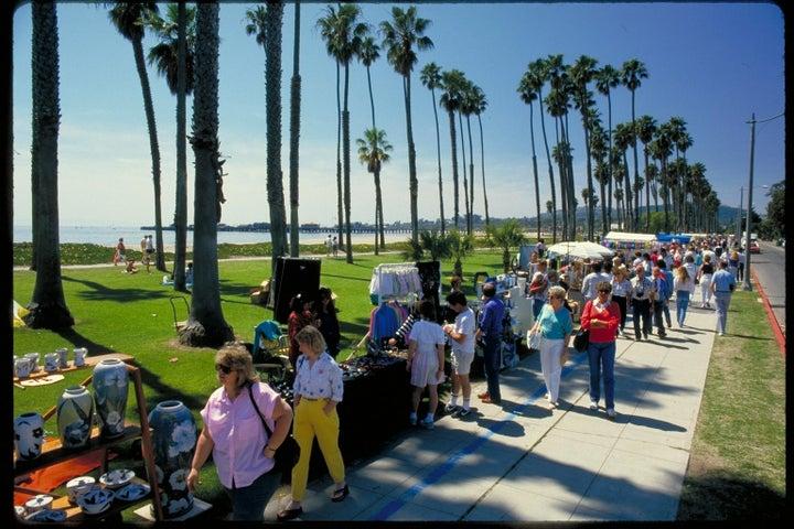 Sunday Art Festival at East Beach
