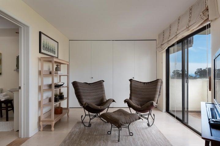 2nd bedroom or den