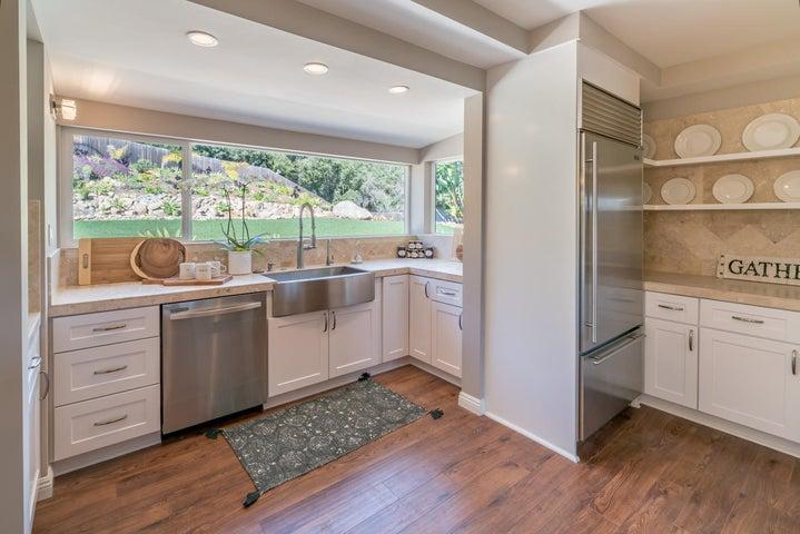Kitchen & Backyard Views
