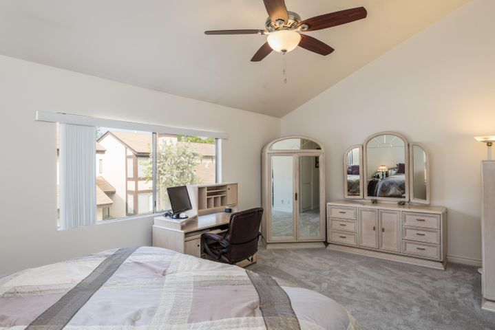 13-Master Bedroom