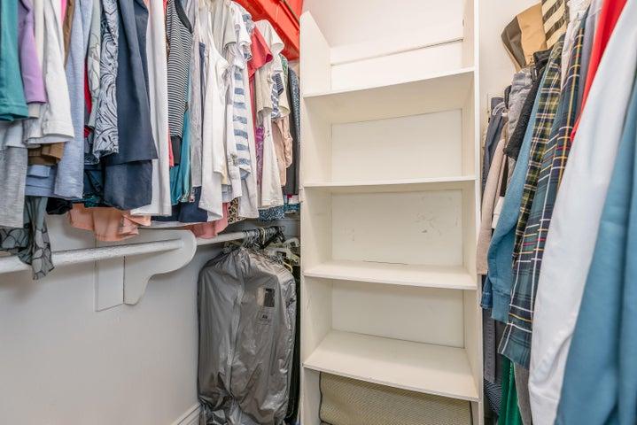 15-Master Closet