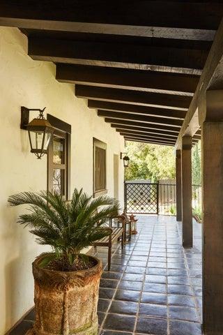 thumbnail_190324_montecito_house_067