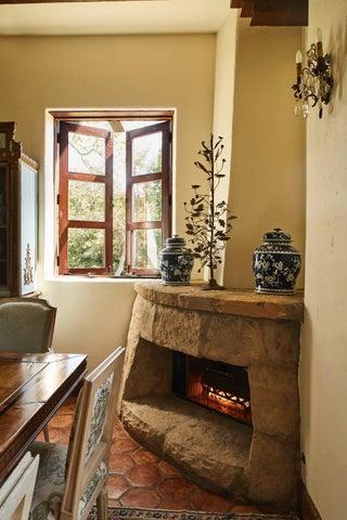 thumbnail_190324_montecito_house_156