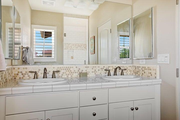 Guest Bath Upstairs