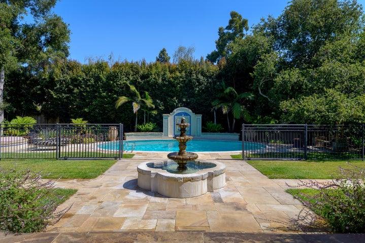 Fountain/Pool