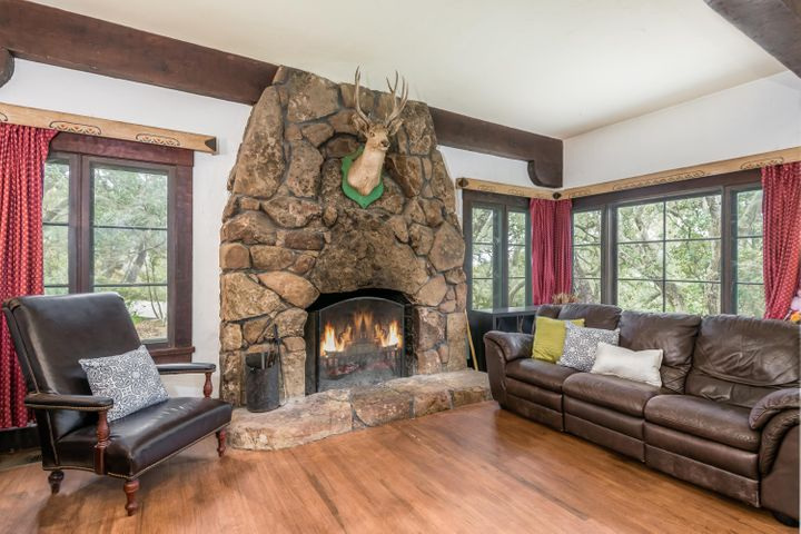 Main House - Living Room