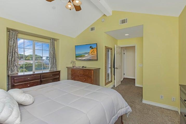 Bedroom 2b
