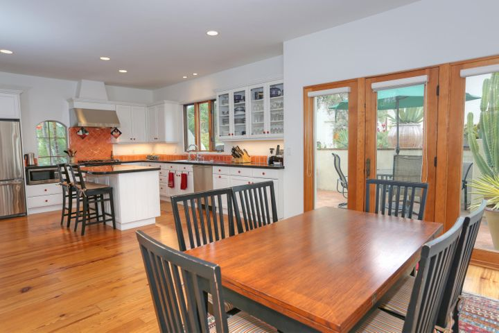 Kitchen Family or dining room