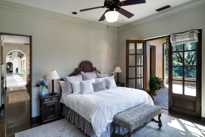 guest_room_one_01