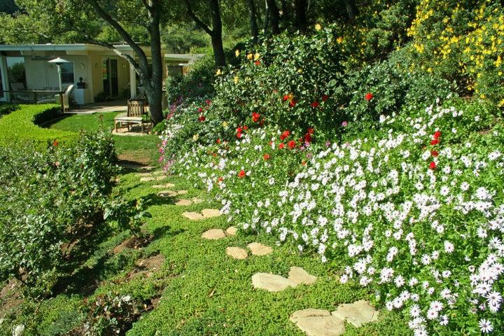 1000-28 Garden Path