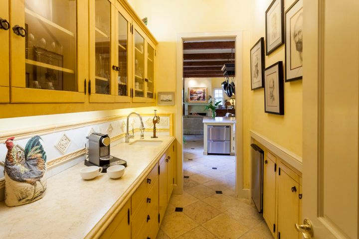 652 Park Lane, Montecito - pantry