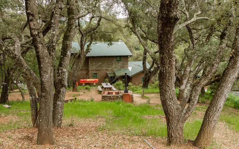 Main House-Grounds