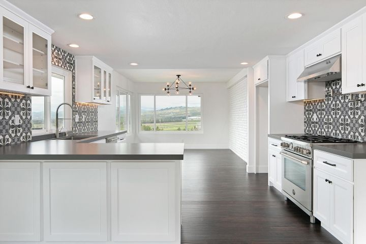 687 Deseo Ave-009-38-Kitchen-MLS_Size