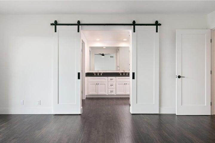 687 Deseo Ave-017-7-Master Bedroom-MLS_S