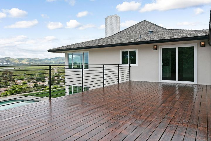 687 Deseo Ave-032-31-Deck-MLS_Size