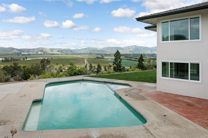 687 Deseo Ave-039-17-Pool-MLS_Size
