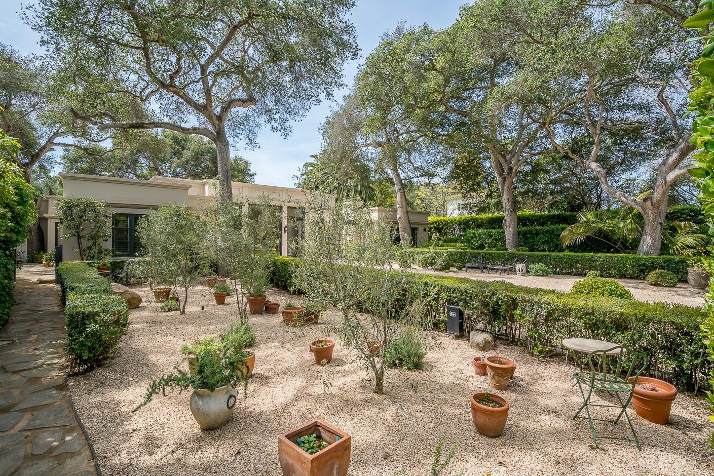 23 San Leandro garden
