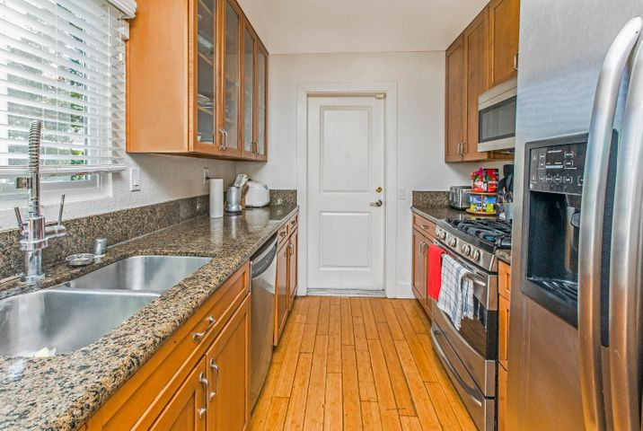 pasado kitchen