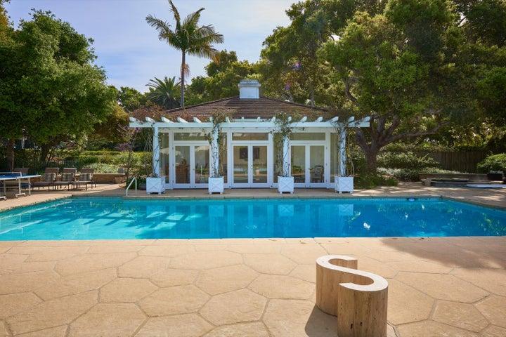 030_Pool and Pool House