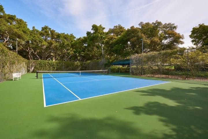 035_Tennis Court
