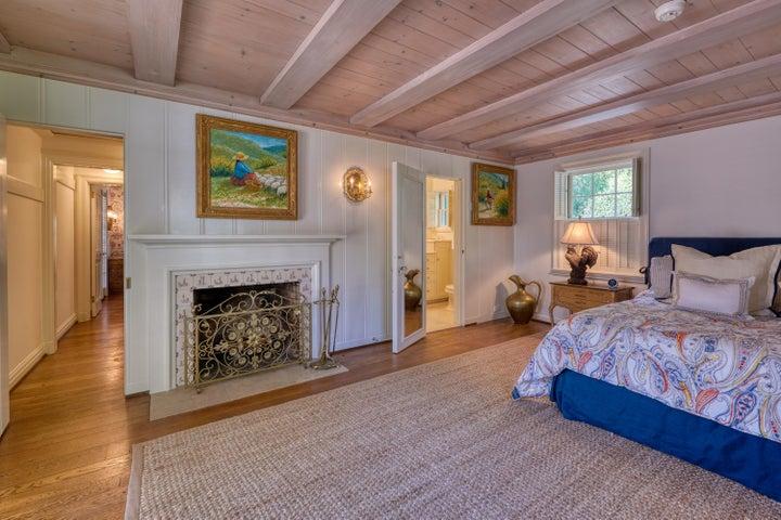 043_Guest Cottage