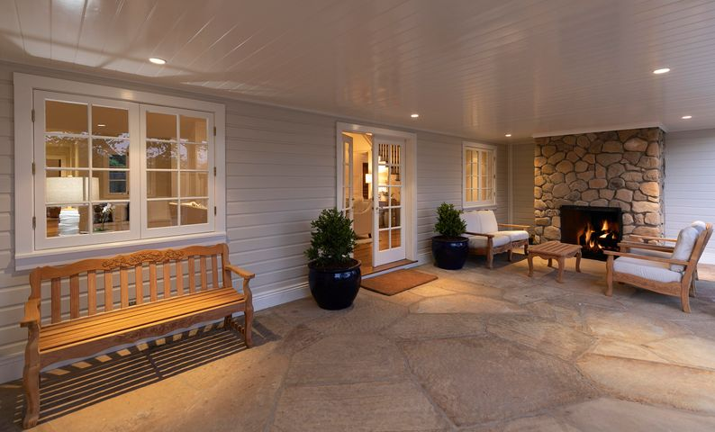 Front Door & Covered Porch
