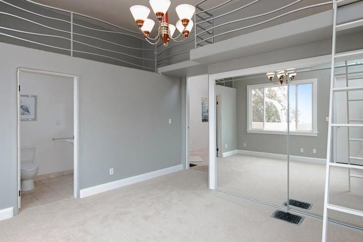 334 Ferro Dr-023-18-Bedroom-MLS_Size