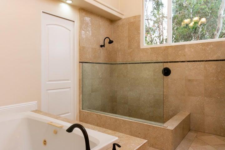 334 Ferro Dr-028-31-Studio Bathroom-MLS_