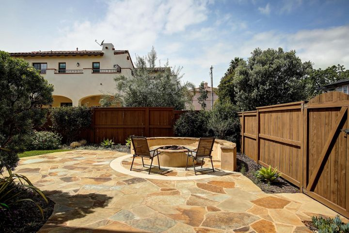Flagstone patio and Firepit