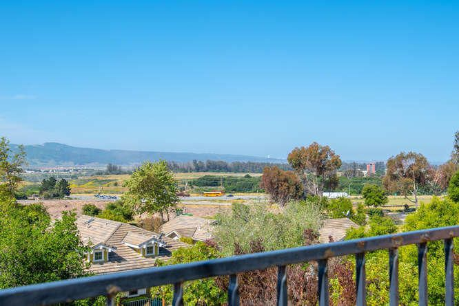 2765 Arbor View Ln Lompoc CA-small-041-1