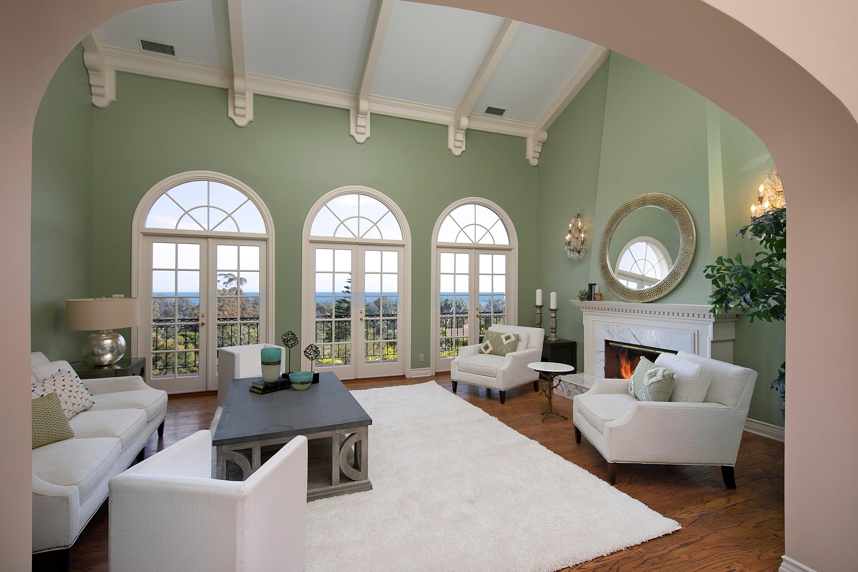 Living Room w/Ocean Views