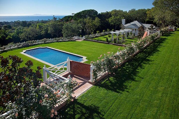 Expansive Lawns