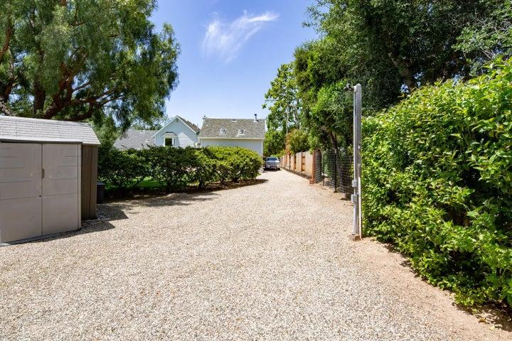 1092 Oak Glen Rd Santa Ynez CA-large-040