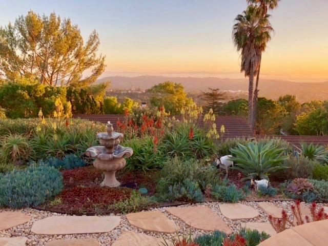 Garden side yard