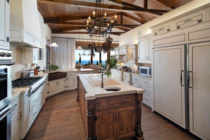 3077HiddenValley_kitchen 2
