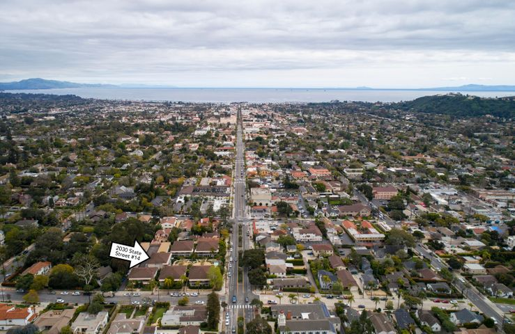 Aerial towards Downtown