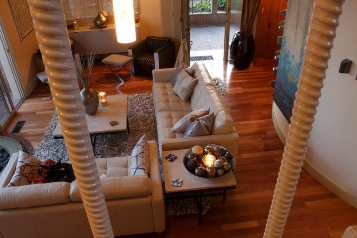 1st Floor Living Room Furnished