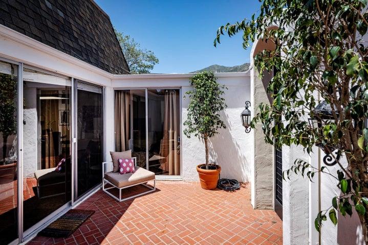 5 - Courtyard New