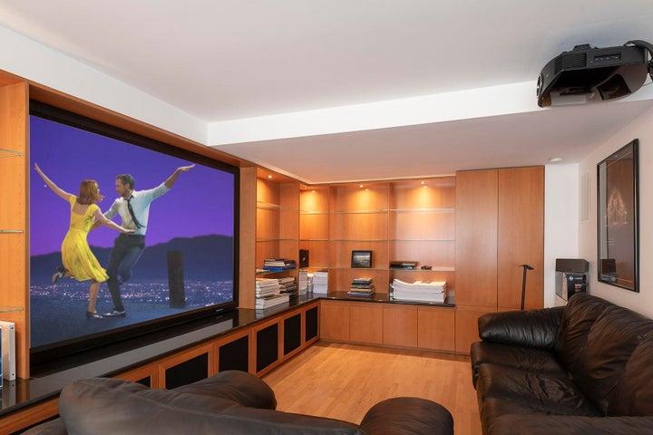 Bedroom 3-office