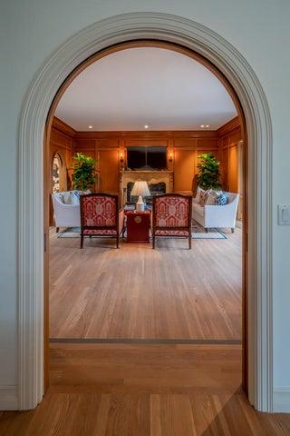 Living Room 2 m-9