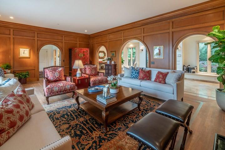 Living Room m-3
