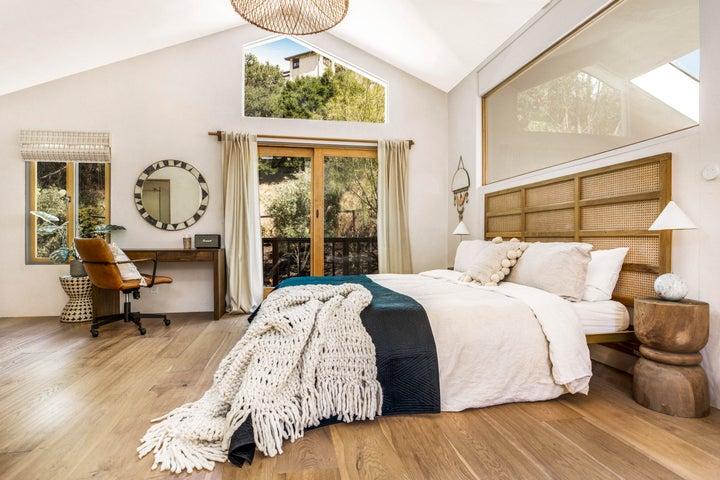 Large Bedroom 2