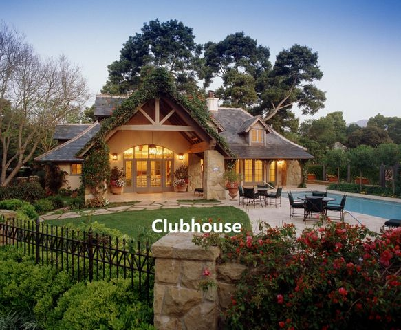 Clubhouse labeled2