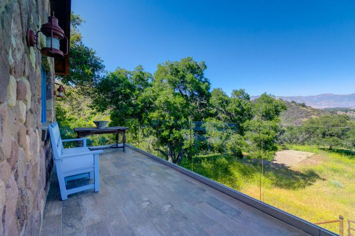 Lucky Q Ranch for Sale in Ojai (20)