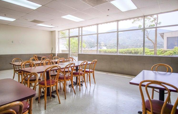 270 Quail Ct - int dining