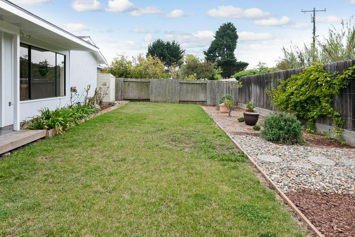 1341 Tomol St-025-26-Back Yard-MLS_Size