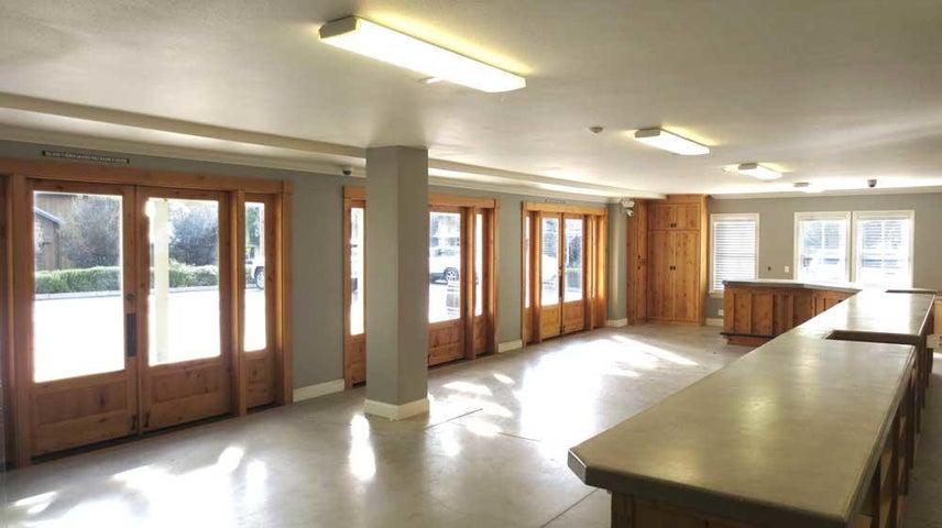 3-101-103-interior-french-doors-MLS