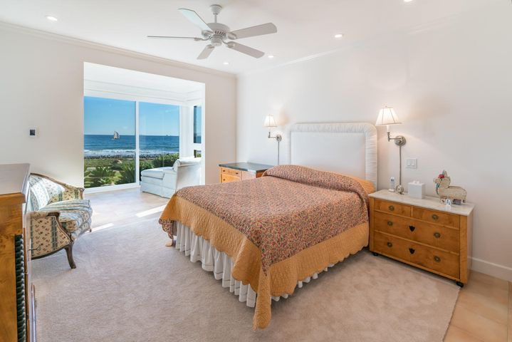 Bedroom w/sweeping ocean views